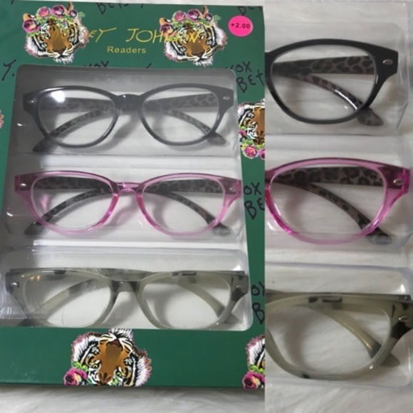 28a7c7fe6a4f NEW Betsey Jonhson Marble Reading Glasses +2.00